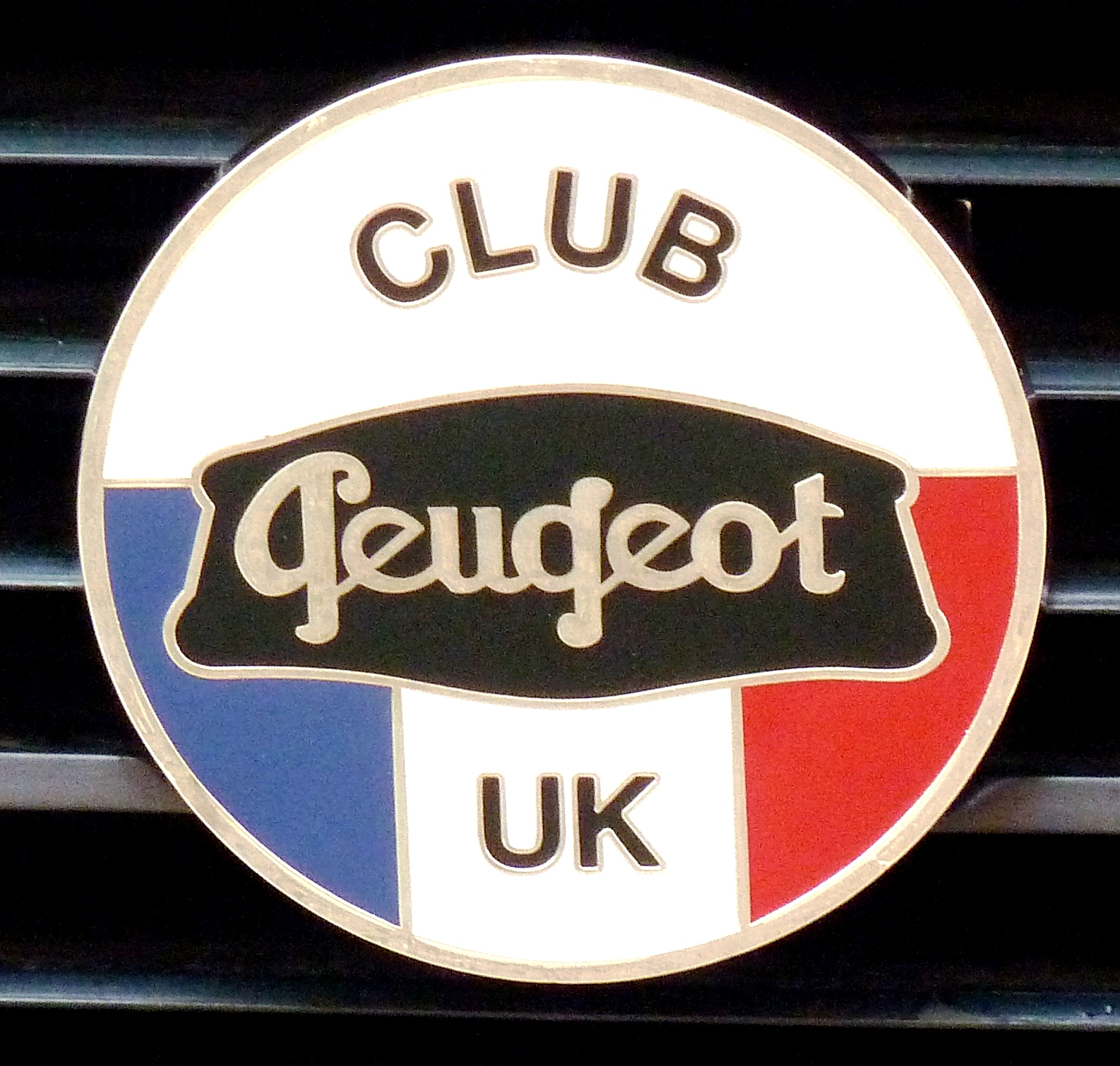new! – cpuk grille badges — {lv_news_section_title} — club peugeot uk
