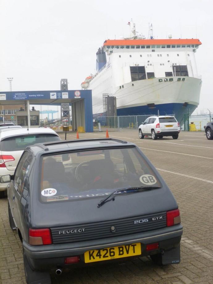 Trevor Ogg-205 GTX - Zeebrugge Feb 2015